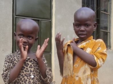 Talking with Texts: How Cellphones Empower Deaf Children in Uganda | LibraryLinks LiensBiblio | Scoop.it