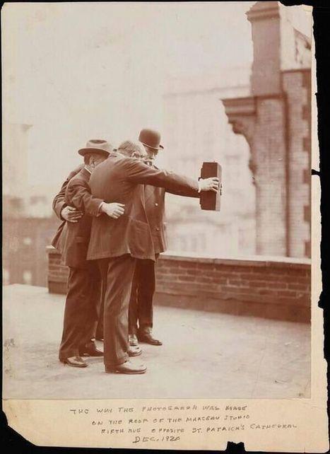Premier selfie... vers 1920 | Ca m'interpelle... | Scoop.it