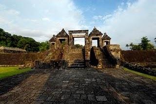 Exotic Queen Boko Temple   ecotourism   Scoop.it