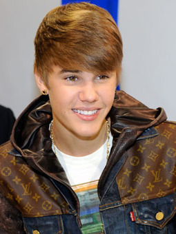 Justin Bieber and 6 Percent of Other Dudes Color Their Hair   Trending Beauty   Scoop.it
