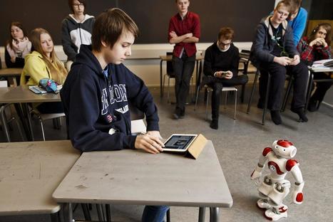 Helsinki linjaa: Jokaiselle yläluokkalaiselle kannettava tietokone ja opettajista digivelhoja | Digital TSL | Scoop.it