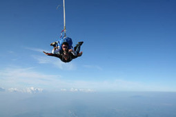 Saut en parachute Lyon corbas - Parachute Lyon, chute libre à Lyon - Tandem-video.fr | Chute libre corbas | Scoop.it