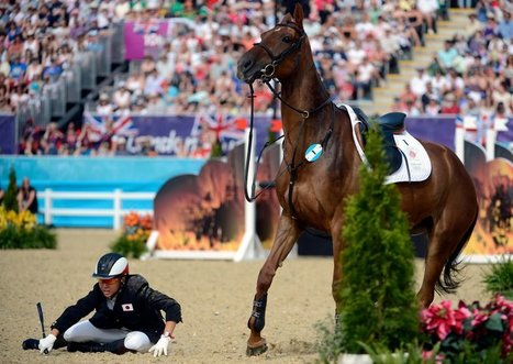 British crowd cheers Narumi Kurosu of Japan, the final competitor of the London Olympics | Equestrian Olympics 2012 | Scoop.it
