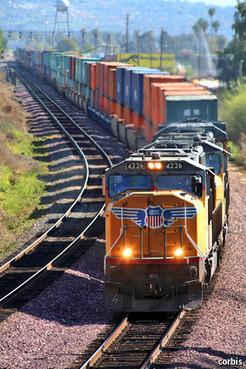 The quiet success of America's freight railways - The Economist   OMCLC   Scoop.it