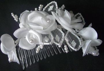 Annonce : Peigne fleurs et perles originale occasion pas cher - Languedoc Roussillon - Hérault - Occasion du mariage | la mode | Scoop.it