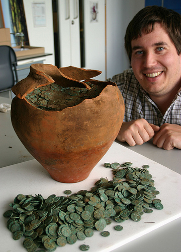 Roman coin hoards discovered in ... - History of the Ancient World | Ancient History- New Horizons | Scoop.it