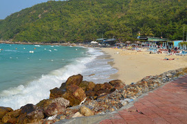 Discover Thailand's White Beaches: Thang Lang Beach, Koh Lan, Thailand | Travel Hotspot In Thailand | Scoop.it