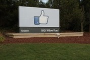 Facebook beats analyst expectations, reports $1.58 billion in Q4 revenue | MobileandSocial | Scoop.it