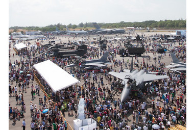 Singapore Airshow 2014 Attracts Close to 100000 Visitors Over the Public Day ... - The Leading Aviation Industry Resource for News, Equipment and   Aerospace events   Scoop.it