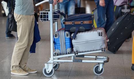 Léo, le robot bagagiste à l'aéroport de Genève | Objets connectés, Tag2D & Tourisme | Scoop.it
