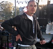 Live Sound: Engineer Jim Warren Utilizing Avid VENUE For Current Arcade Fire Tour - Pro Sound Web | Front of House Engineer | Scoop.it