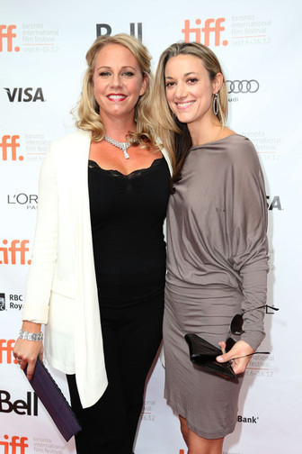 """Zoie Palmer Totally Has A Girlfriend: """"Lost Girl"""" Actress Thanks Partner at Canadian Screen Awards   Come Out   Scoop.it"""