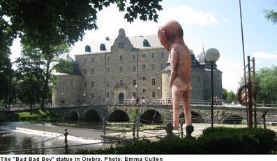 Naked peeing giant statue divides locals - The Local.se | Naked Art | Scoop.it