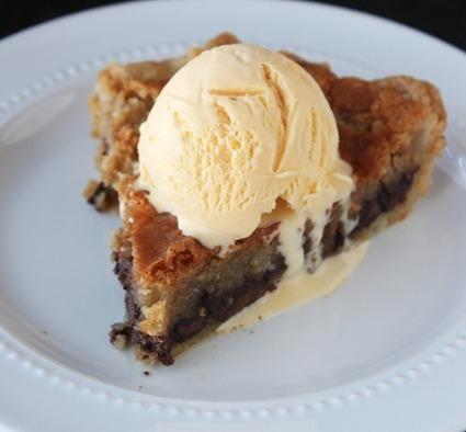 Twitter / F00DP0RN: Chocolate Chip Cookie Pie. ... | Delicious food | Scoop.it