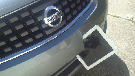 iPad Survives Ride Lodged in Car's Bumper | Radio Show Contents | Scoop.it