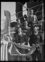 Australians who fought for the Government forces in Spain return to Western Australia, 7 February 1939 [picture] - Details - Trove | Western Australia in the 1930's | Scoop.it