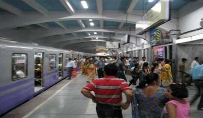 Hundreds of passengers trapped in Kolkata metro tunnel - Sanchar Express | News | Scoop.it