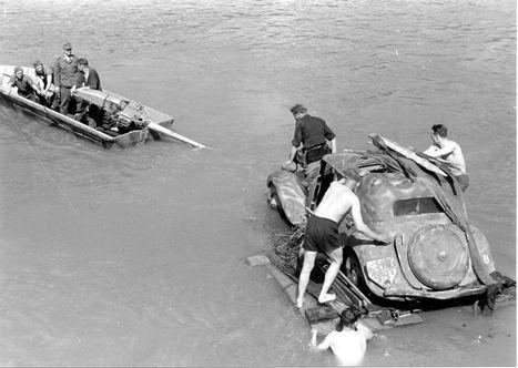 Le Blog de Rouen, photo et vidéo: Rouen sous l'occupation 5 / Retraite de l'armée Von Kluge Model 20 au 28 avril 1944 | GenealoNet | Scoop.it