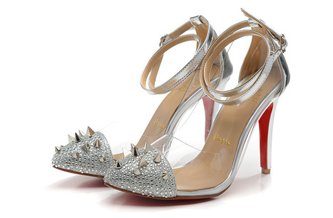 Silver Spike Toe Pumps Christian Louboutin Just Picks Red Sole | Chaussures tendances ! | Scoop.it