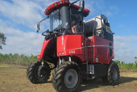 Vendanges mécaniques : La Grapeliner 6175 X d'Ero propose une assistance à la conduite de qualité | Machinisme viticole | Scoop.it