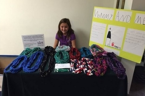 Une fillette crée des écharpes afin de récolter des fonds pour une association | SandyPims | Scoop.it
