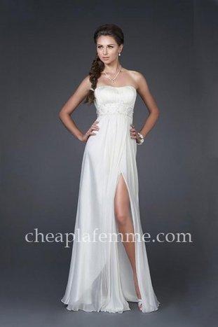 Charming Strapless La Femme 15282 Bridal Dresses with Dazzling Belt [La Femme 15282] - $175.00 : La Femme   La Femme Dresses   Cheap La Femme   BCBG & Herve Leger   Scoop.it