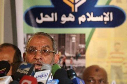 Egypte : les islamistes en conflit avec l'armée sur la Constitution | Égypt-actus | Scoop.it