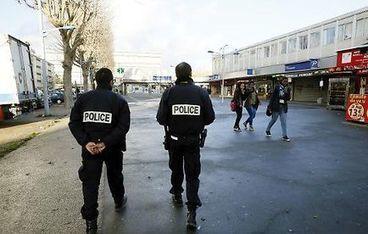 """Les policiers aiment leur métier mais font massivement part de leur """"malaise""""   Fonction publique, droit, justice, défense, sécurité   Scoop.it"""