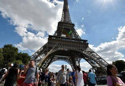Tourisme : la chute de la fréquentation en France moindre au 3e trimestre | Made In Retail : L'actualité Business des réseaux Retail de la Mode | Scoop.it