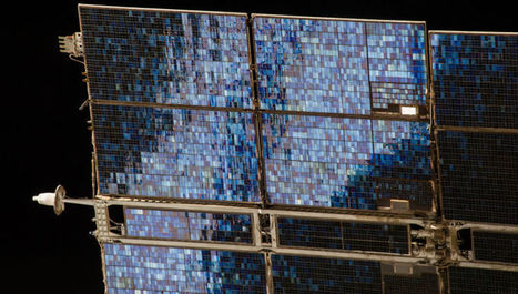 Solar Panel is a Glittering Blue Mosaic Against the Blackness of Space | News we like | Scoop.it