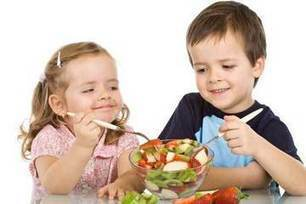 """Whole Diet Approach to Child Nutrition Urged by Pediatricians (""""focus on real & whole foods; good for adults too"""") 