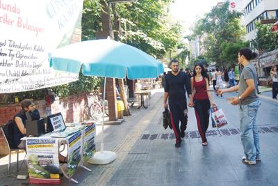 Ankara'nın serbest kürsüsü: Yüksel Caddesi | Ankara Fenomenleri | Scoop.it