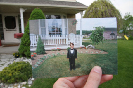 PetaPixel: Childhood Photos Reshot in the Present | Dear Photograph | Scoop.it