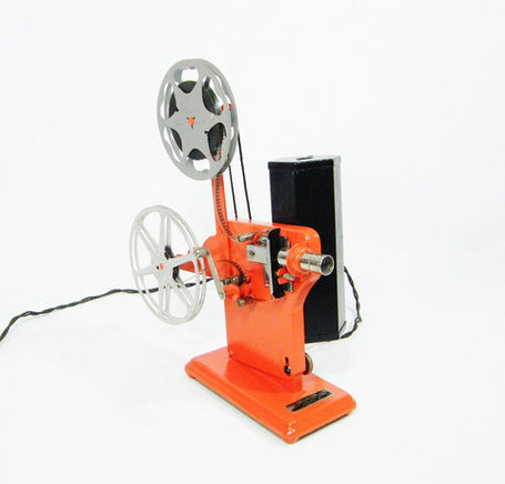hand crank Film Projector 1930's Vitascope by ohiopicker on Etsy | Antiques & Vintage Collectibles | Scoop.it