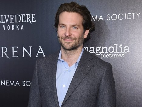 Bradley Cooper's stylist explains how to wear suits in the summer without breaking a sweat | Revieratoy | Scoop.it