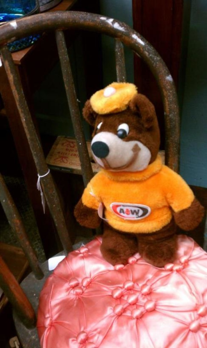Vintage A&W Root Beer Bear | Antiques & Vintage Collectibles | Scoop.it