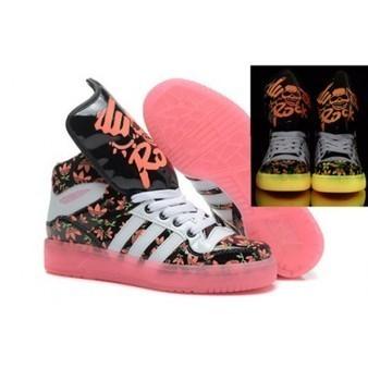 Hot Pink Adidas Originals Skull King Sneaker Glow In the Dark Cheap Sale   Comic Nike Dunks   Scoop.it