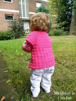 My Hobby Is Crochet: Little Girl's Cardigan with Short Sleeves | crochet mittens | Scoop.it