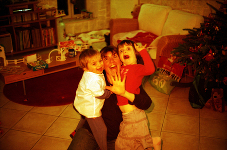 The 'Most Awkward Family Holiday Photo' Rumble | LOMO | Scoop.it