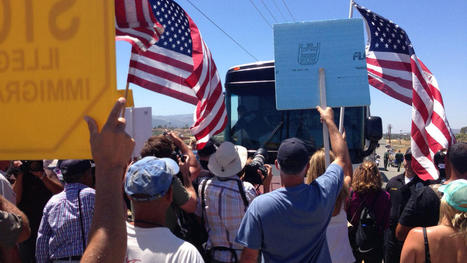 Protestors Block Buses of Undocumented Immigrants in Murrieta - NBC 7 San Diego   immigrates   Scoop.it