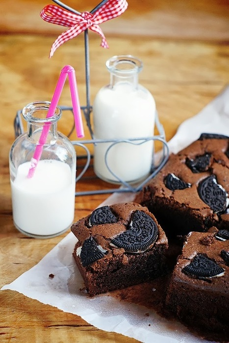 #RECIPE - Oreo Brownie | The Man With The Golden Tongs Hands Are In The Oven | Scoop.it