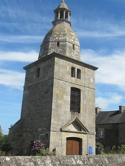 Le vieux clocher, un monument chargé d'histoire , Lancieux 18/08/2012 - ouest-france.fr | GenealoNet | Scoop.it