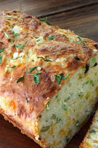 Sugar & Everything Nice: Cheese, Olive and Buttermilk Herb Bread | Ravish m.e. | Scoop.it