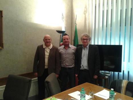 Rencontre entre les syndicats UIL(Italie) et FO (France)   Actualités politiques   Scoop.it