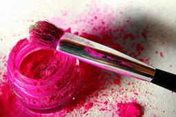 Brasileiro gasta mais com cosméticos do que com comida   A Sociedade Consumista   Scoop.it