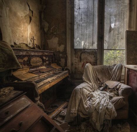 Hauntingly Beautiful Abandoned Europe: Meet Urbex Master Andre Govia | Photoshopography | Scoop.it