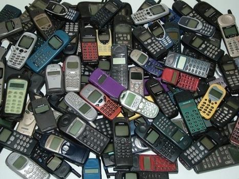 LOL: Zo dacht men vroeger over een mobiele telefoon | Rwh_at | Scoop.it