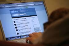 Québec: six heures par semaine sur les réseaux sociaux. | SocialWebBusiness | Scoop.it