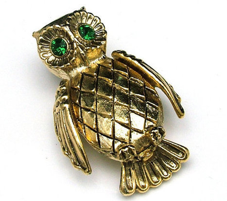 Vintage Owl Figural Brooch With Faceted Green Rhinestone Eyes | Beautiful Bargain Vintage Costume Jewelry | Scoop.it