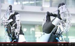 Exo-Hand, le gant exosquelette qui donne de la... - Industrie et Technologies | Une nouvelle civilisation de Robots | Scoop.it